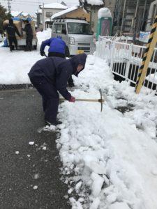 雪かきボランティア