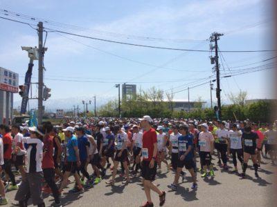 第38回魚津しんきろうマラソンのボランティアに参加しました(*^◯^*)